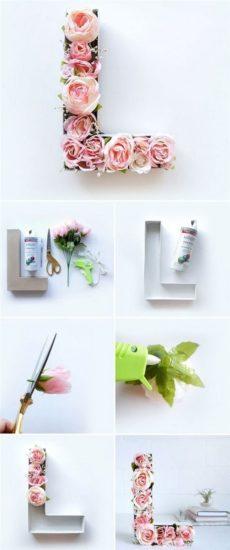Ảnh minh họa xếp hoa thành khuôn chữ trang trí độc đáo
