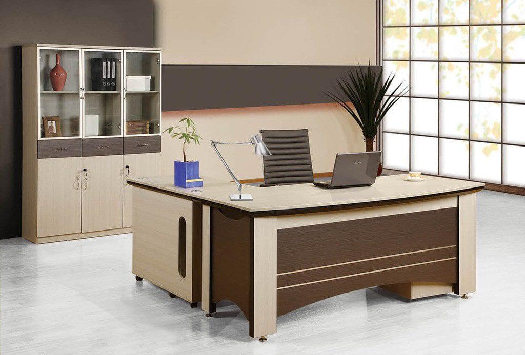 Đặt bàn làm việc đúng hướng phong thủy để rước tiền tài và công danh