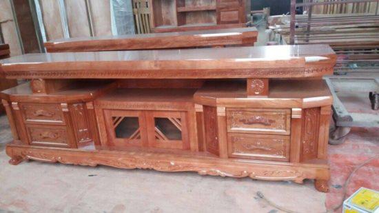 Mẫu kệ tivi gỗ được làm từ gỗ tự nhiên