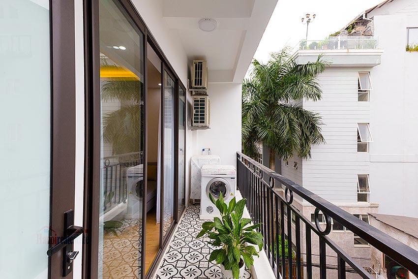 Thiết kế ban công chung cư đơn giản, an toàn