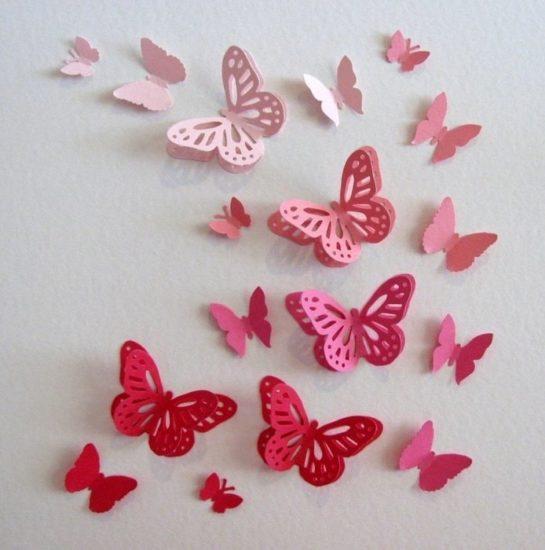 Tranh hình cánh bướm đổi màu từ sắc đỏ đến hồng nhạt
