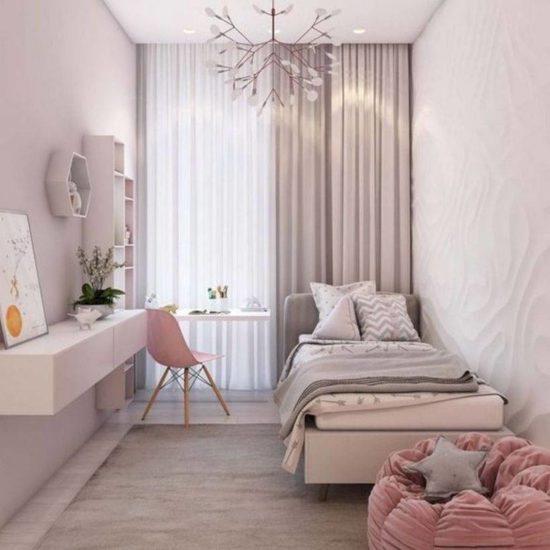 Chọn giường có kích thước phù hợp và đặt ở vị trí gọn gàng