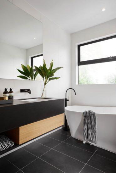 Đặt phòng tắm ở vị trí hợp phong thuỷ và phù hợp với ngôi nhà