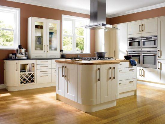 Lựa chọn kích thước bàn đảo bếp phù hợp với đặc điểm người nội trợ