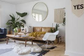 Sử dụng thảm trải sàn vừa cho không gian ấm áp vừa dùng để trang trí