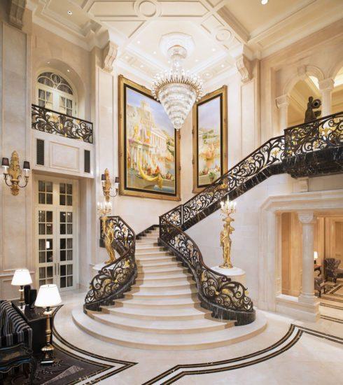 Tạo điểm nhấn bằng cầu thang thiết kế tinh tế