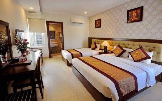 Phòng ngủ khách sạn giường đơn đôi