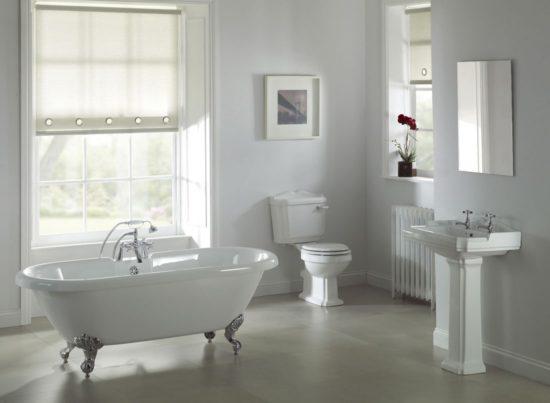 Chú ý vị trí đặt cửa sổ trong phòng tắm