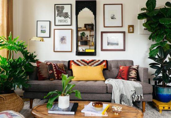 Đưa nhiều cây xanh vào nhà giúp cho không gian thân thiện hơn với thiên nhiên