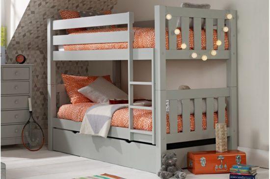 Giường tầng cho bé bằng gỗ công nghiệp