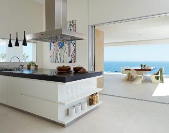 Khu vực bếp ăn cần đảm bảo sự tiện nghi, sạch sẽ