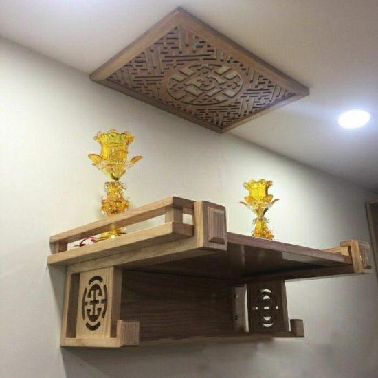 Nên chọn màu sắc trầm ấm cho mẫu bàn thờ treo tường