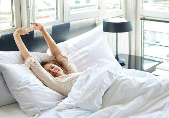 Những lưu ý khi ngủ để tránh đau lưng