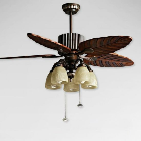 Quạt trần đèn có nhiều thiết kế mới lạ, độc đáo